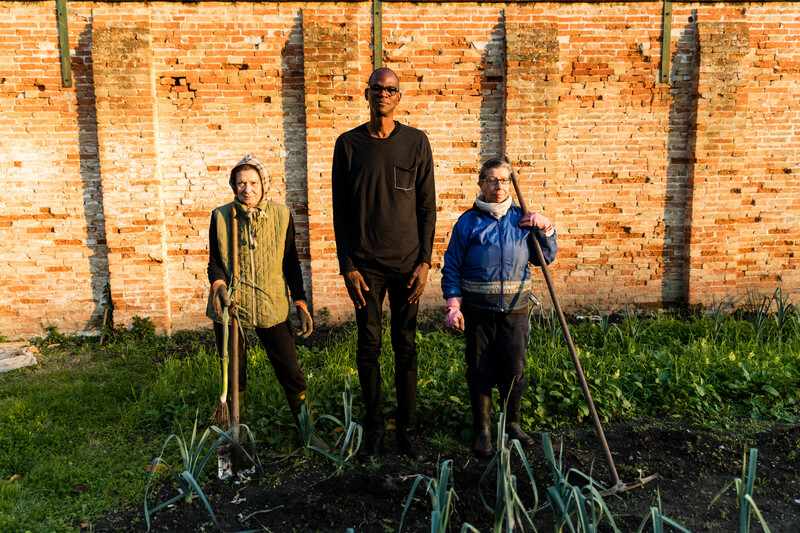 Bradford with TK in the Process Collettivo organic garden, Giudecca Women's Prison, Venice, Italy
