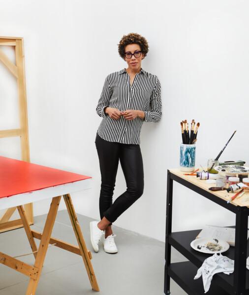 Amy studio shot 2019